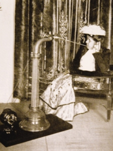 VIbration for ear disease using a tissue oscillator, 1920.