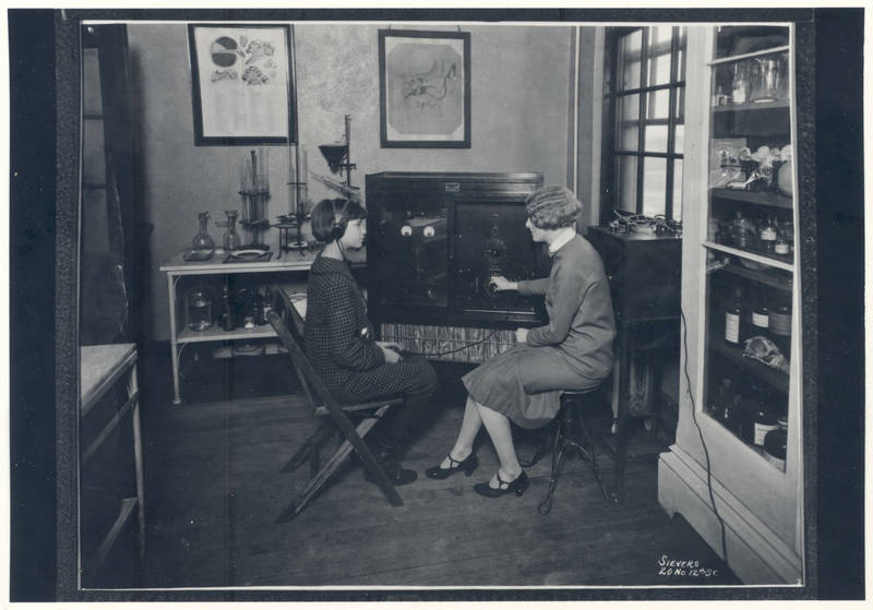 The Western Electric 1-A Audiometer in clinical use at the Central Institute for the Deaf in St. Louis, c.1920s. Western Electric produced only about 25 of these audiometers, which retailed at about $1,500 in 1923. (Central Institute for the Deaf Collection)
